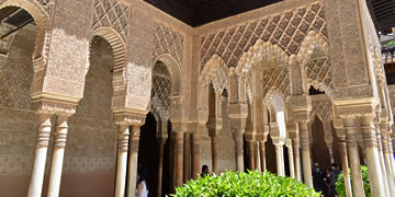 The Alhambra - Expert Guide, Tips and Practical Information