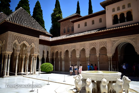 lions patio of alhambra