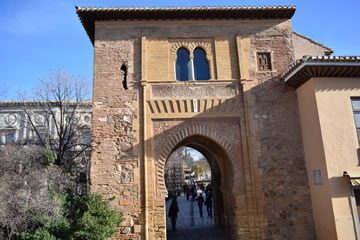 Alhambra Tickets - 6 Ways How to Buy Entrance from 14 85 €