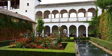 generalife gardens in alhambra