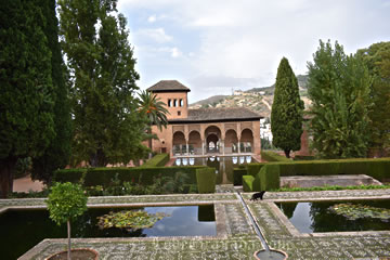 partal gardens and palace in alhambra