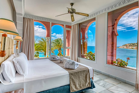 arab style room in playa calida spa hotel in almuñcear