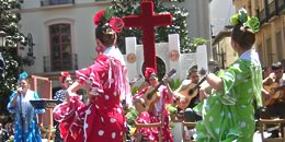 celebrations of the day of the cross in granada