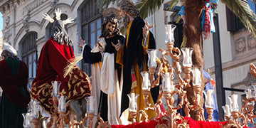 popular processions in granada on palm sunday