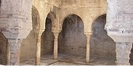 bañuelo arab baths arches