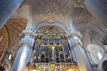 organ in the cathedral of granada