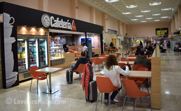 cafe in granada airport